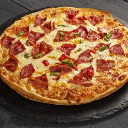 پیتزا سالامی