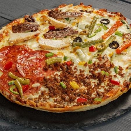 پیتزا چهار فصل